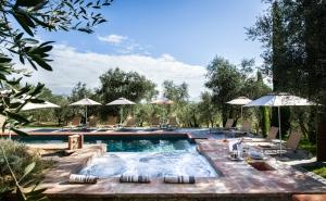 Villa Tramonto pool